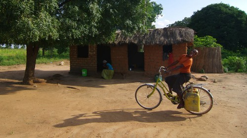 Cycling through Nowhere, Tanzania! (Singida, Tanzania – KM 19,425)