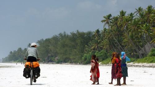 Terre et mer swahili! (Dar es Salaam, Tanzanie – KM 20 960)